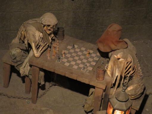 Chess pirates